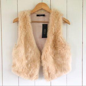 Ark & Co. | Faux Fur Cream Vest NWT Small